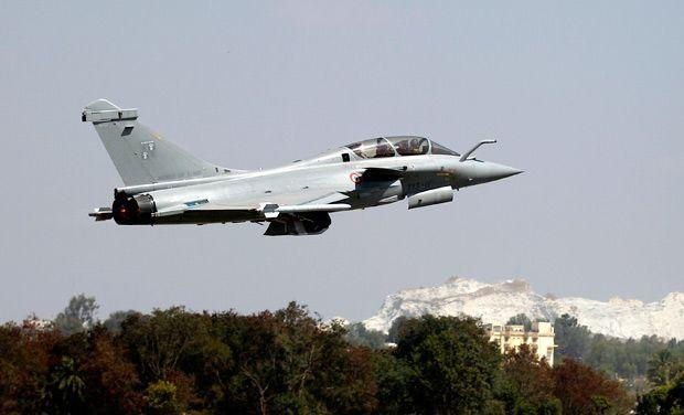 India signs deal with France to buy 36 Rafale jets