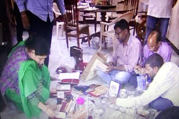 AP transport official arrested with assets valued at Rs 800 cr