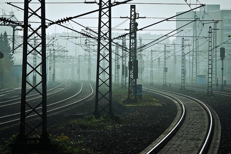 Chennai-Palani Express derails in Krishnagiri district no injuries reported