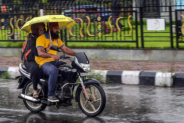 Monsoon advances in Karnataka set to bring rains to Bengaluru this weekend