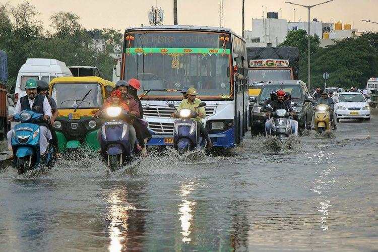 Cyclonic storm to reach Gujarat Maharashtra by June 3 Kerala Ktaka to see heavy rains