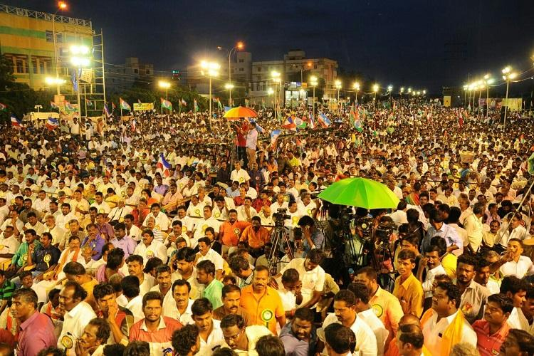 Rajinikanth for CM Trichy meet makes warcry for superstars entry into politics