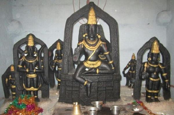 This unique Rama temple near Hyderabad where Hanuman finds no place