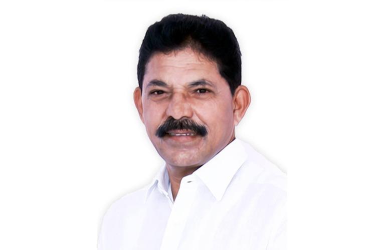 KCR betrayed me Disgruntled TRS leader Ramesh Rathod joins Congress