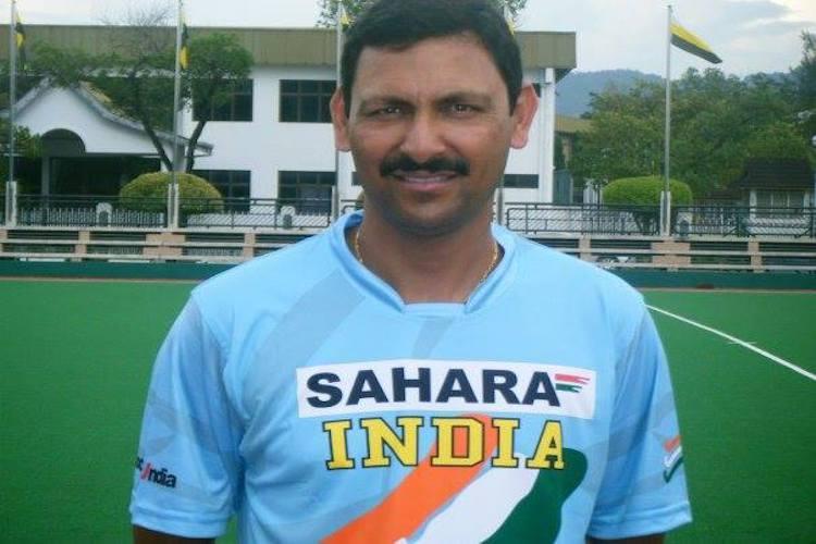 Hockey coach Harendra Singh slams food hygiene at SAI training camp writes to HI