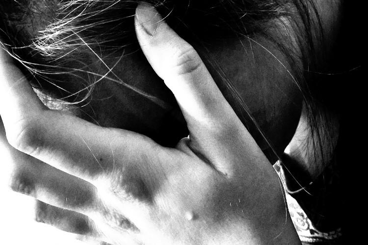 Woman daily wage labourer allegedly raped and robbed in Hyderabad