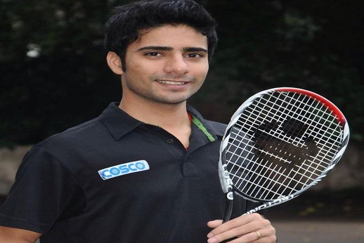 Squash player Ravi Dixit apologizes for auctioning kidney to fund game