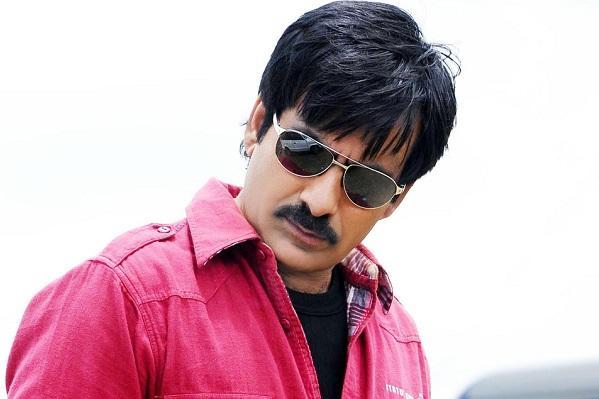 After two successive debacles Ravi Teja sets eyes on Manithan remake