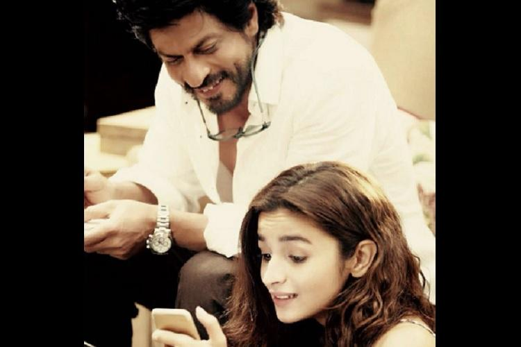 Shah Rukh Khan Alia Bhatt reveal first look of Dear Zindagi