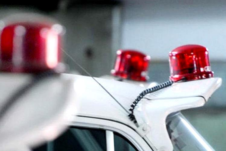Kerala ministers take off red beacons on vehicles after centres notification
