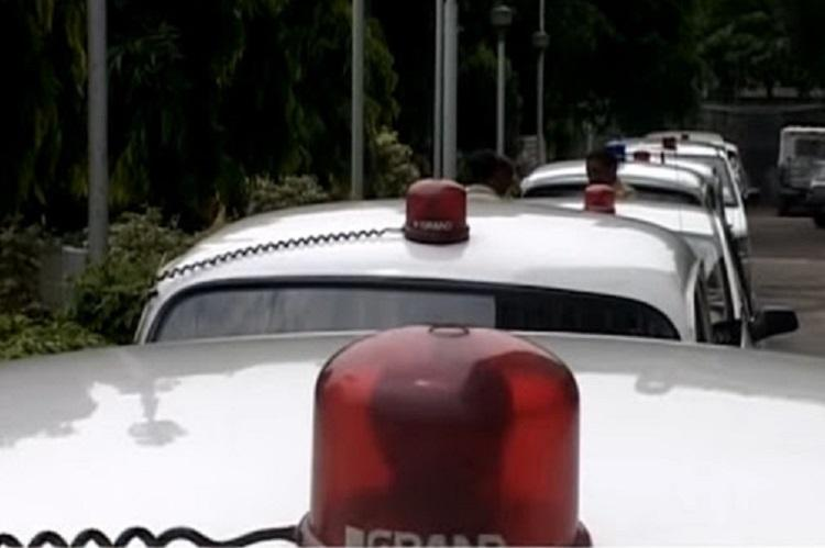 Hitting out at VIP culture Modi govt bans red beacons on official vehicles after May 1