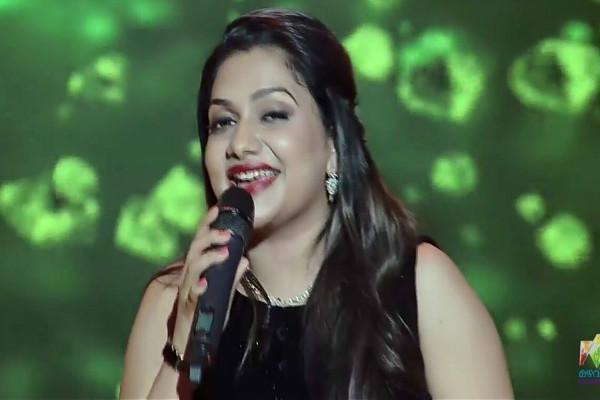 Kerala Houses of Rimi Tomy and 2 others raided for alleged dubious business deals