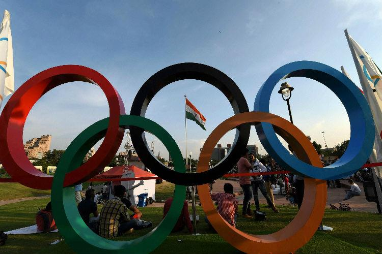 Rio Olympics Indian boxers get new kits as governing body threatens disqualification