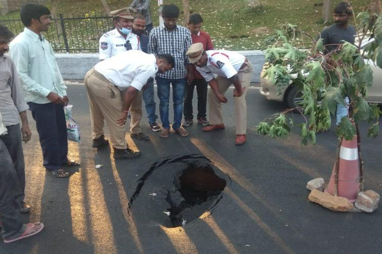 Hyderabads arterial Banjara Hills Road No 10 caves in traffic affected