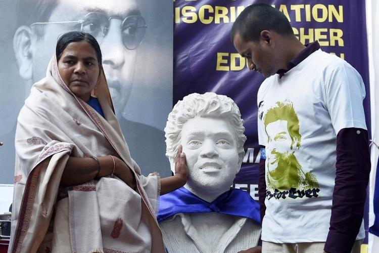 Govt trying to divert the truth Raja Vemula on findings in Rohiths enquiry report
