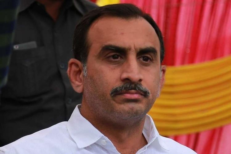 Income Tax officials search TDP leader Srinvasa Reddys residence in Kadapa