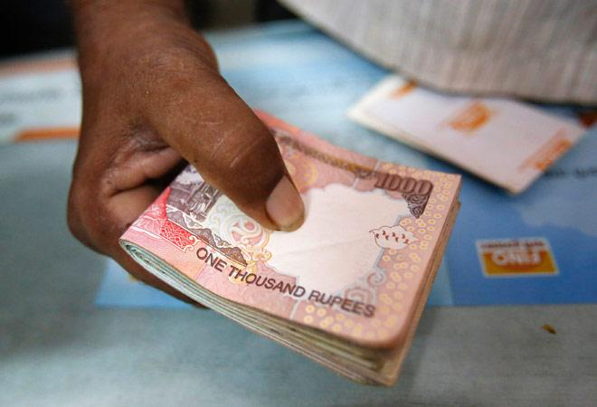 Old notes worth Rs 1244 lakh crore deposited till Dec 10 RBI