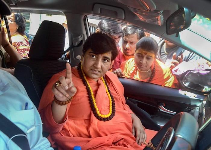 Election Commission bars Sadhvi Pragya from campaigning for 72 hours