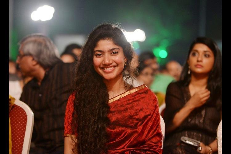 Sai Pallavi to make Tamil debut with Vikrams next