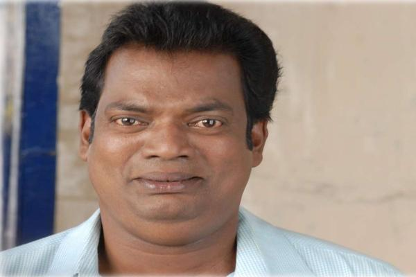 Salim Kumar proves again that a national award winning actor neednt be very bright