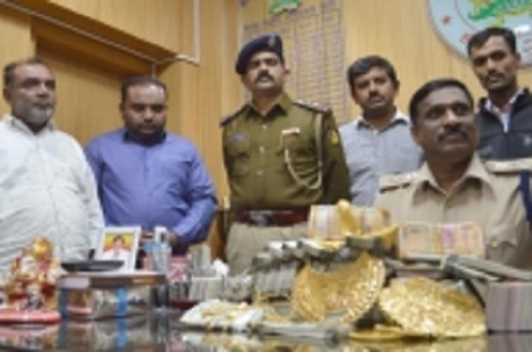 Bengaluru father-son duo arrested with 6kg of sandalwood following raid