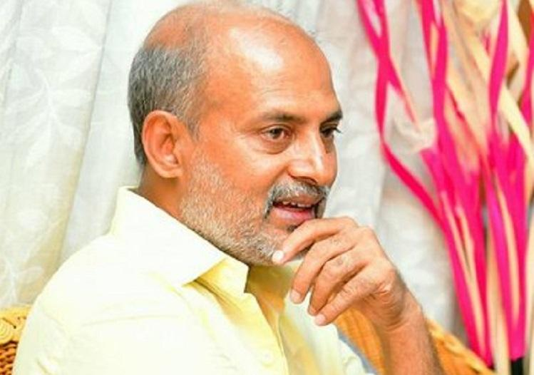 BJP leaders are not trying to poach Congress MLAs Minister Sa Ra Mahesh