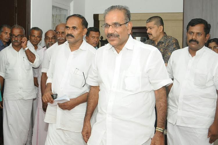AK Saseendran acquitted in sleaze talk case