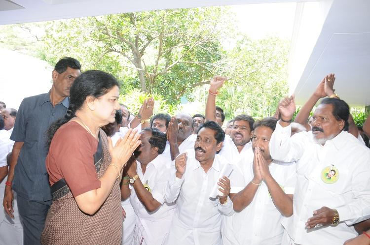 Five reasons why Sasikala taking over as both AIADMK chief and CM is harmful for Tamil Nadu