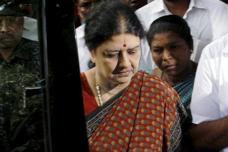 Sasikala an important person nothing wrong in CM DGP meeting her AIADMK