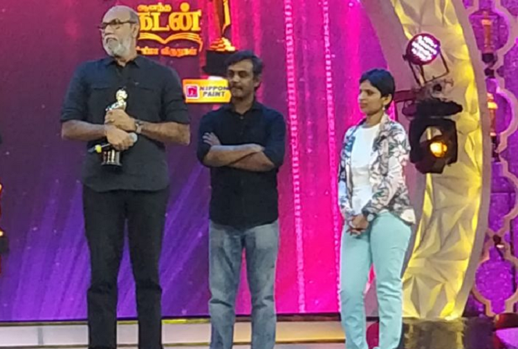 Kausalya Sankar presents award to Sathyaraj as actor insists on receiving it from her