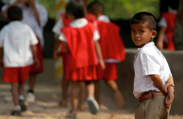 Govt issues new guidelines on school bag weight homework 5 things to know