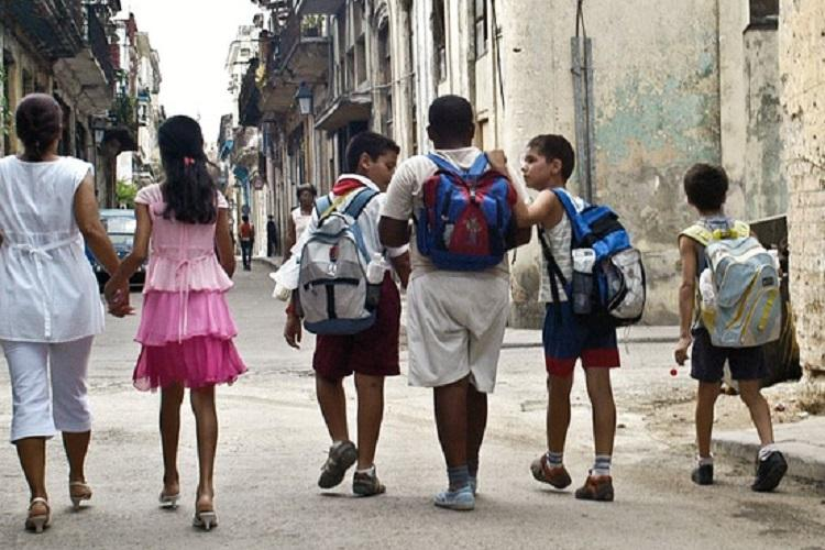 Karnataka private schools now cant force students to buy books uniforms from them
