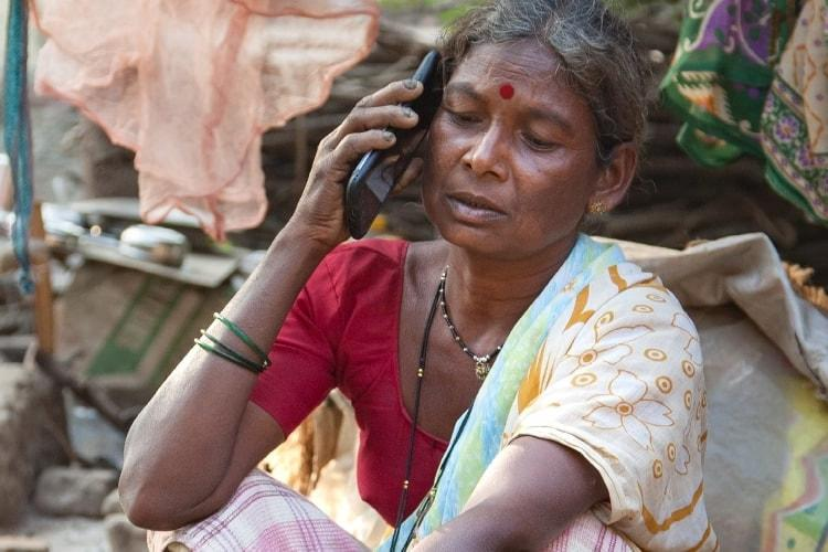 How affordable internet is helping women in India to bridge the mobile phone gender gap