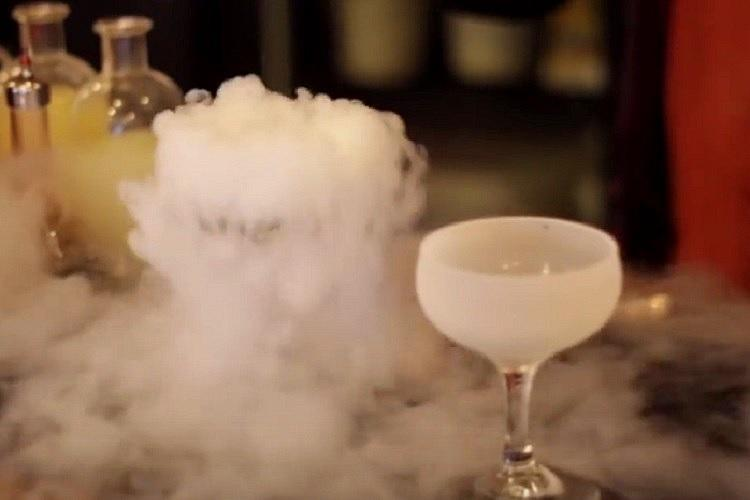 Indian man drinks cocktail containing liquid nitrogen This is what happened to his stomach