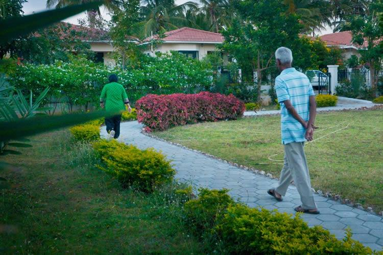 COVID-19 How retirement communities are protecting residents