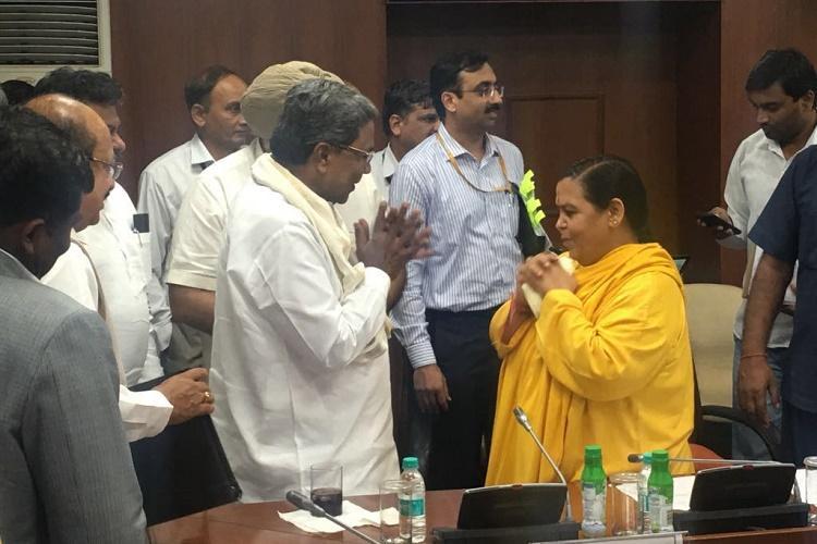 Sanyasin Uma Bharti appeals to TN and Ktaka for peace says will go on hunger strike