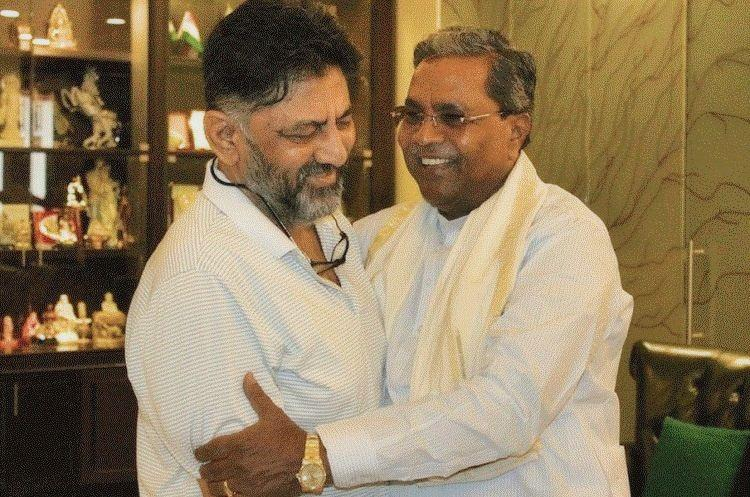 DK Shivakumar vs Siddaramaiah The fight for Karnataka Congress chief post is on