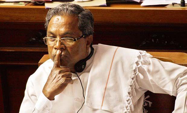 With an eye on KPCC chief post DK Shivakumar backs Siddaramaiah as CM in 2018
