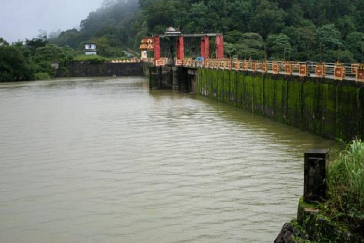 Coimbatores severe water crisis Surgeries stalled at hospital Siruvani runs dry
