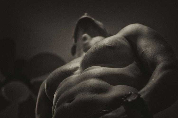 How steroids are a dark dangerous path to the elusive six-pack dream