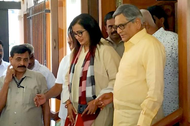 Will BJP back Sumalatha in Mandya When she decides well decide says SM Krishna