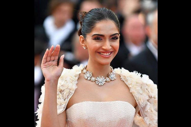 From Sonam Kapoor to Khushbus daughter body shaming follows celebrities