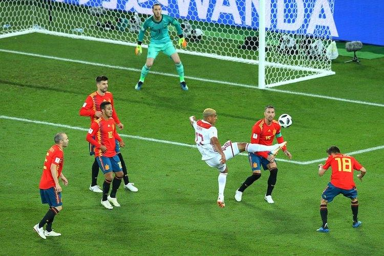 World Cup Spain stave off gritty Morocco to enter next stage