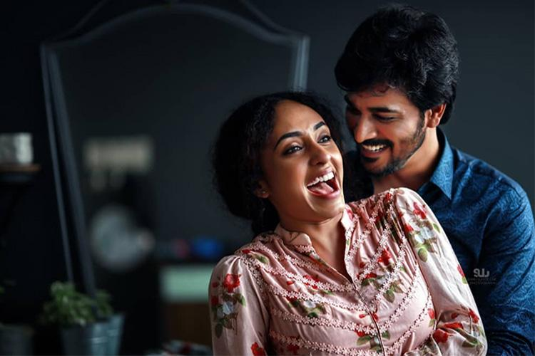 Pearle Maaney Srinish Aravind get engaged after falling in love on Bigg Boss Malayalam