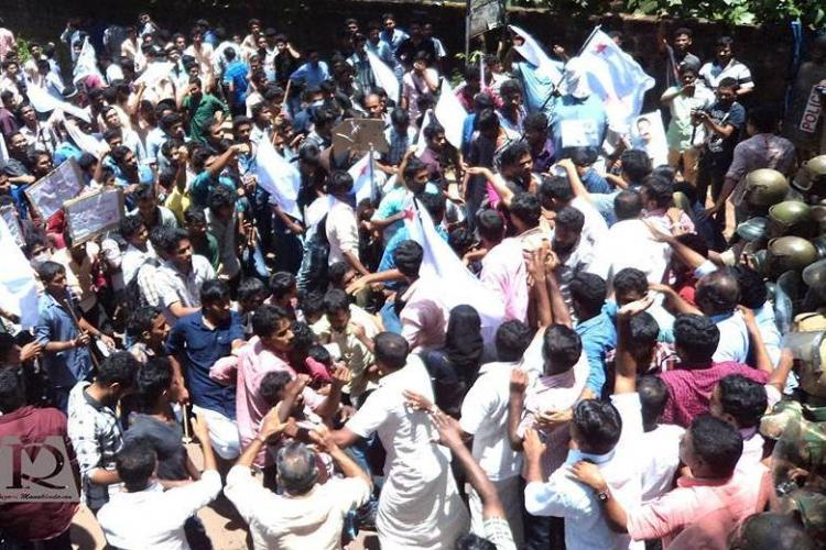 Clash between student political groups in Kerala leads to a tragedy