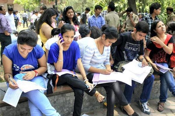 Representative picture of students preparing ahead of an exam