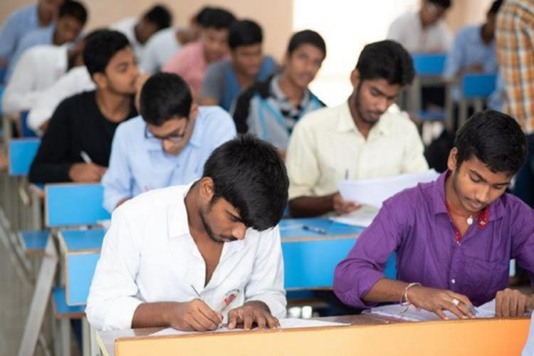 Madras HC orders TN govt to respond to plea seeking postponement of Class 10 exams