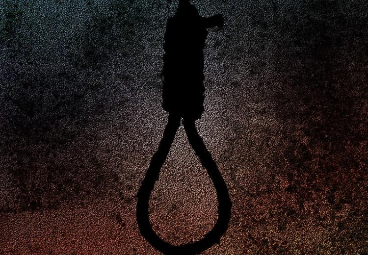 Father of endosulfan victims commits suicide in Kerala