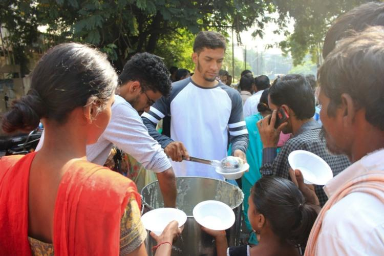Meet the Hyderabadi student who distributes breakfast to hundreds every day