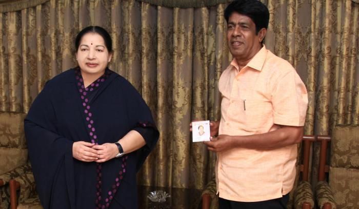 TN Polls Director and Actor Sundarrajan joins AIADMK